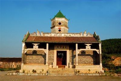 又名文昌阁,是塔院合一的古建筑,怀集文昌书院为当年怀集县令谢君惠倡
