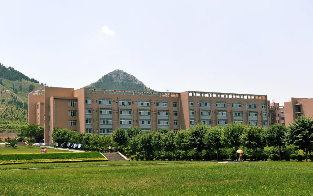 山东管理学院照片