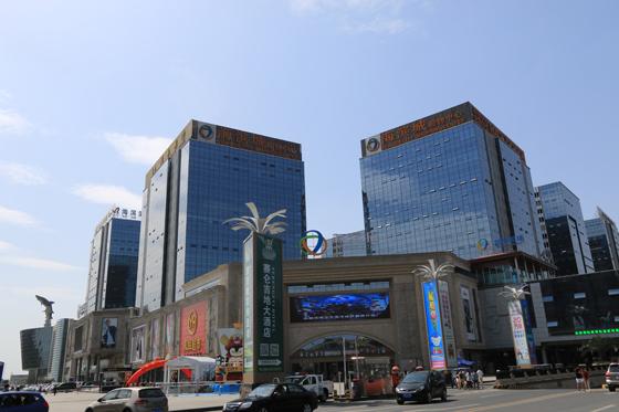 双流蛟龙港海滨城项目座落于西南地区的新兴商圈