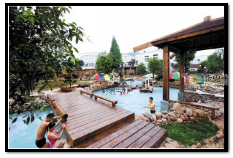 巴厘岛风情区 按东南亚风格建造的温泉区域.