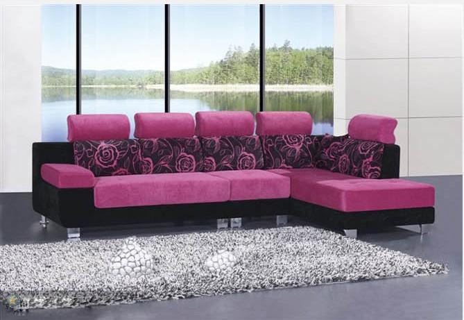 按款式分为:休闲布艺沙发和欧式布艺沙发.