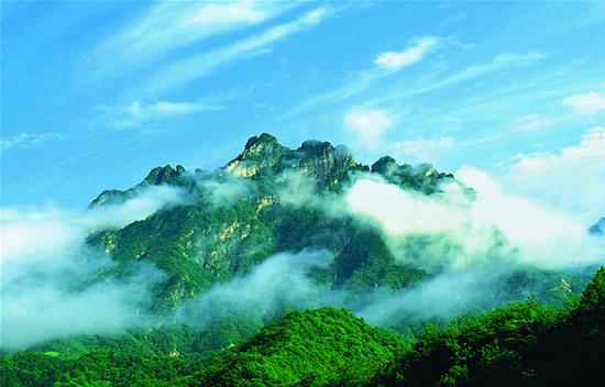 王屋山风景名胜区位于济源市西部,是中国九大古代名山,也是道教十大