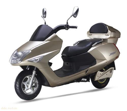 按供应能源类型分类:铅酸电池电动车,增程式电动车,混合动力电动车