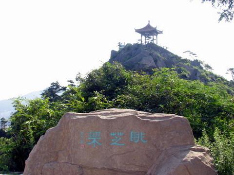 区和山下现代娱乐区两部分,太平庵风景区主要景点包括:太平庵,三和塔